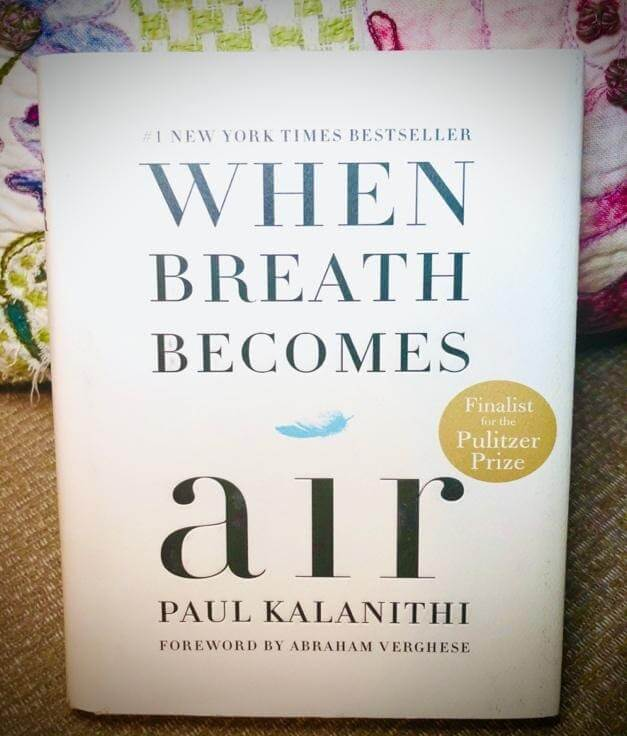 "The front cover of ""When Breath Becomes Air"""