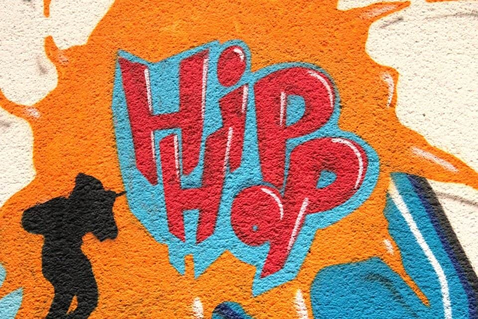 Graffiti on a wall that reads 'Hip Hop.'