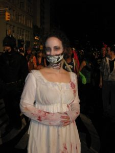A women dressed up as the Pride and Prejudice Zombie.