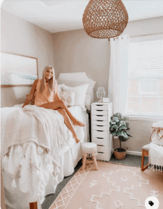 Jenny Reimold dorm room