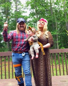 Couple dressed up as Tiger King and Carol Baskin.