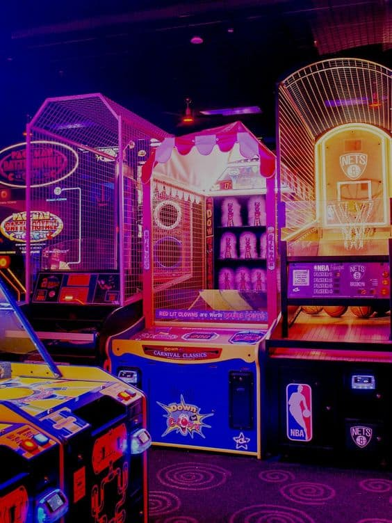 Colorful arcade games